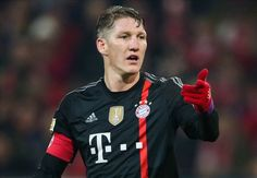 Schweinsteiger thanks Ribery for set piece generosity - See more at: http://www.soccercentury.com/leagues/europe/germany/5787-schweinsteiger-thanks-ribery-for-set-piece-generosity&Itemid=9999#sthash.GaDrOc8f.dpuf