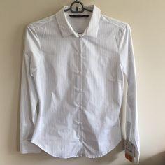 ZARA BASIC STRIPED BUTTON DOWN NEVER BEEN WORN Zara Basic Striped Button Down. Perfect for any work wardrobe! Zara Tops Button Down Shirts