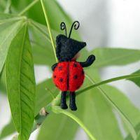 bumblebeesandladybugs