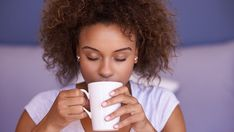 Drinking coffee before bed won't wreck your sleep — but this will - MarketWatch The Big Sleep, Sleep Tight, Sleep Diary, Nicotine Withdrawal, Coffee Drinks, Drinking Coffee, Trouble Falling Asleep, Medical Pictures, Happy Hour Drinks