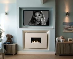 Recessed Flueless Gas Fire - Classico Widescreen Limestone with TV above by Ben Huckerby Design Tv Wall Design, House Design, Flueless Gas Fires, Fake Walls, Tv Walls, Installing A Fireplace, Tv Over Fireplace, Chimney Breast, Quartos