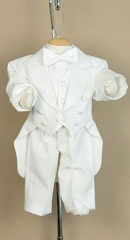 Baby tuxedo! Getting this if I have a boy :-D