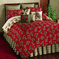 Holly Red Holiday Quilt Bedding @ TOUCH OF CLASS