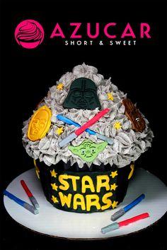 Cupcake Cake Designs, Big Cupcake, Giant Cupcake Cakes, Star Wars Cupcakes, Star Wars Cake, Cool Birthday Cakes, 1st Birthday Parties, Jake Cake, Cake Business