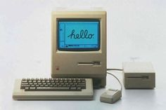"""The original """"toaster"""" Apple Macintosh. The first Mac with its tiny screen, high keyboard and boxy mouse. The Mac was the first computer to use """"floppies. Steve Jobs, Apple Inc, Mac Os, Iphone 4s, Apple Macintosh, Alter Computer, Computer Class, Computer Internet, Computer Technology"""