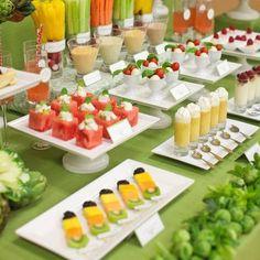 Uma estação de alimentação saudável para o seu casamento - Coma alimentos Fit. Para mais inspiração e idéias casamento # # recepção visitar www.modernweddingblog.com.