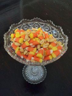 Yummy Recipes: Candy Corn Mix