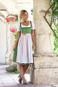 German Women, German Girls, Moderne Outfits, Dirndl Dress, Maid Dress, Pinafore Dress, Feminine Dress, Sweet Dress, Country Girls