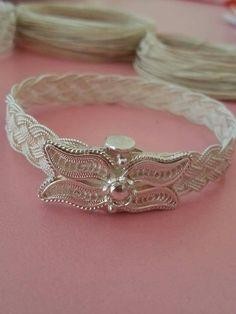 Fashion Now, Star Fashion, Viking Knit, Silver Filigree, Bangles, Bracelets, Wire Jewelry, Gold Rings, Jewelry Making