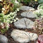 Garten Deko – Steinweg aus kunstvollen Trittsteine selber machen