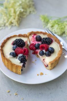Elderflower & Berry Tarts {Vegan & Grain-free} - Wallflower Girl
