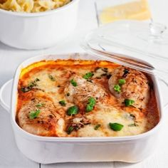Chicken in tomato sauce with parmesan cheese (in Polish with Google Translate)