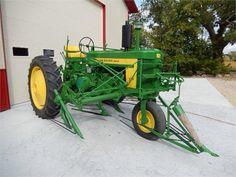 John Deere 720 w/ Single Front Wheel & Bean Cultivator Antique Tractors, Vintage Tractors, Vintage Farm, Jd Tractors, John Deere Tractors, Logging Equipment, Heavy Equipment, Tractor Implements, John Deere Equipment
