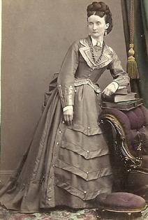 421c3d80bb 1800s Vintage Photos Women
