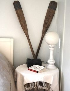 41 Cool Idea To Use Paddles In Your Decor | Shelterness