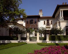 Inside Alan & Sandra Gerry's Palatial 32,000 Sq. Ft. Compound in Florida's Exclusive Port Royal Enclave (PHOTOS) - Pricey Pads Port Royal, English Manor, Home Libraries, Large Homes, Elegant Homes, Maine House, Luxury Homes, Luxury Mansions, Florida