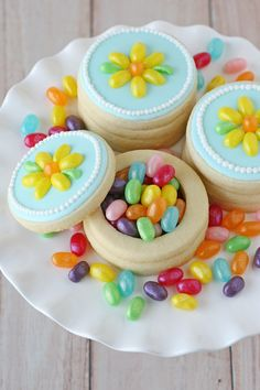 These Jelly Belly Cookie Boxes would be gorgeous favors for any party! from @glorioustreats