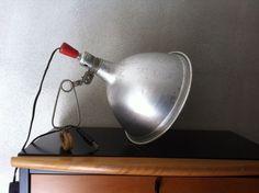 Hala - schaarlamp met groene kap Fraaie metalen schaarlamp, in de ...