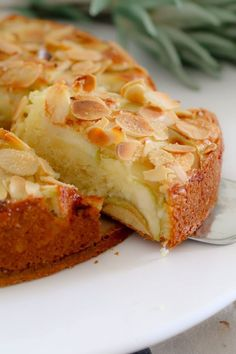 If you're looking for an easy apple cake recipe… look no further! This one… If you're looking for an easy apple cake recipe… look no further! This one is a classic butter cake, layered with apple slices and topped with flaked almonds. Easy Apple Cake, Apple Cake Recipes, Moist Apple Cake, Easy Cake Recipes, Sweet Recipes, Baking Recipes, Dessert Recipes, Apple Cakes, Apple Pie