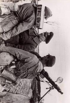 Walter Model & Grenadier MG 42