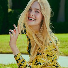 Elle Fanning, Dakota Fanning, Gamine Style, Soft Gamine, Fanning Sisters, Celebs, Celebrities, Most Beautiful Women, Poses