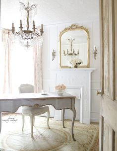French Decor 13049 15 French country style country home offices Country Office, French Country Bedrooms, French Style Office, Country Bedroom, Country Furniture, Vintage Style Furniture, Country Style Homes, Country House Decor, French Country Desk