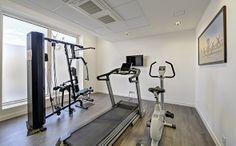 Park&Suites Elégance Le Bourget Blanc Mesnil*** - Salle de fitness #lebourget #apparthotel #hotel  #salledefitness www.parkandsuites.com/fr/appart-hotel-le-bourget-blanc-mesnil