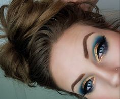 Ocean vibes Blue and gold eye makeup bh Cosmetics Dark Eye Makeup, Bright Eye Makeup, Gold Eye Makeup, Hooded Eye Makeup, Colorful Eye Makeup, Gold Eyeshadow, Makeup For Green Eyes, Natural Eye Makeup, Eyeshadow Makeup