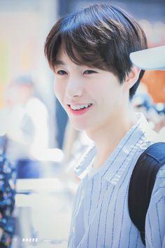 """Noona,gue cinta sama lo""-jisung jisung is my stepbrother, since whe… # Random # amreading # books # wattpad"