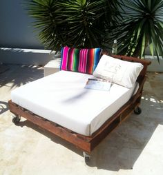 pallets used as longe seating on pinterest.com | Pallet Industrial Upcycled Daybed Lounge Chair Indoor Or Outdoor ...