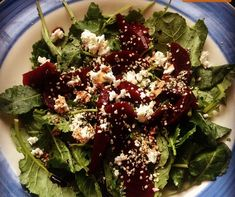 Massaged kale w beets, goat cheese and hemp seeds. Dressed w some balsamic  #loveyourbody #tiuteam #tiuplan #tiumeal