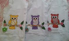 Avental para professora em Oxford com detalhe nos bolsos e mangas em Lese, patch aplique corujinha e flores de fuxico. tamanho G, Jaleco para professora
