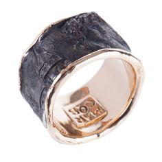 Renaissance Engraved Gold Ring - Shop Marco Baroni online at Artemest