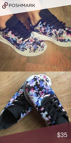 Zara Floral Lightweight Sneakers Purchased in Europe. Lightly worn. Very comfortable and lightweight. Designed for fashion, not exercise. Zara Shoes Sneakers