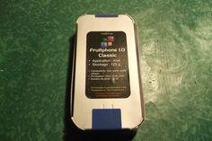 Le Fruitphone gagné par Pascale de la Tour du Pin de BFM TV est prêt ! http://www.fruitphone.fr/?p=134