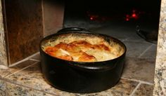 Au Gratin Potatoes in Wood Fired Oven Recipe Dutch Oven Cooking, Dutch Oven Recipes, Fire Cooking, Cooking Recipes, Outdoor Cooking, Yummy Recipes, Wood Oven, Wood Fired Oven, Diy Pizza Oven