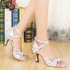I found some amazing stuff, open it to learn more! Don't wait:https://m.dhgate.com/product/women-s-high-heeled-shoes-latin-dance-shoes/161882027.html