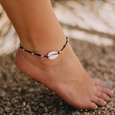 Sea you later.wearing this bracelet and anklet! Dainty black string with silver metal bead detailing and shell pendant. Size:- Length: (adjustable to fit ankle and/or wrist) Shell Jewelry, Shell Necklaces, Cute Jewelry, Beach Jewelry, Coin Pendant Necklace, Beaded Necklace, Beaded Bracelets, Shell Pendant, Ankle Jewelry
