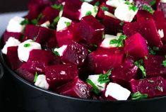 Soha nem szerettem a céklát, de mióta megkóstoltam ezt a salátát, egyszerűen rajongok érte! - Finom ételek, olcsó receptek