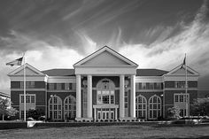 Fantastic image of Crounse Hall at Centre College in Danville, Ky.