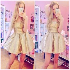 FC: Noodlerella/Connie.)) Hey guys! I'm Connie and I'm 17! I'm the Princess of Canada, so I'm fluent in both French and English.. I have a brother who doesn't really look like me named John. I'm single, but not looking as I'm not the next in line for throne. Anyways, I'm Bisexual. Well, come say hi!