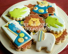 Baby shower lion elephant Lion Cookies, Cupcake Cookies, Cupcakes, Animal Themed Food, Animal Party, Jungle Party, Safari Party, Crocodile Party, Snake Party