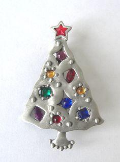 Signed JJ Rhinestone christmas tree Pin