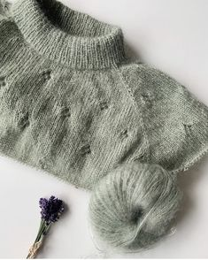 Ravelry: Fortune Sweater pattern by PetiteKnit Knitting Blogs, Sweater Knitting Patterns, Knitting For Beginners, Knitting Designs, Free Knitting, Knitting Projects, Stockinette, Baby Sweaters, Pulls