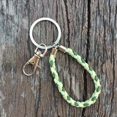 $6.9usd Handmade chamois knitting keychain with standard keyring and swivel clasp in green. #keychain #handmade #crafts #diy #keyring