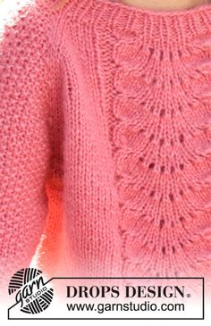 Knitted sweater for children in DROPS Air. The piece is worked top down with lace pattern and raglan. Knitting Patterns drops design Clover / DROPS Children - Free knitting patterns by DROPS Design Free Childrens Knitting Patterns, Knitting For Kids, Free Knitting, Baby Knitting, Finger Knitting, Knitting Machine, Drops Design, Knitting Stitches, Knitting Designs