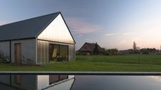 Contemporary Barns are the new small house