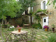 Chambres d'hotes Avignon Provence Maison d'hotes Vaucluse France