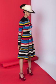 Tracy Reese Resort 2017 Fashion Show Fashion 2017, Spring Fashion, High Fashion, Fashion Show, Womens Fashion, Fashion Design, Fashion Trends, Tracy Reese, Vogue