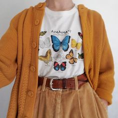 LOVE the butterfly shirt. Not necessarily the cardigan or the super baggy pants Mode Outfits, Retro Outfits, Cute Casual Outfits, Vintage Outfits, Girl Outfits, Fashion Outfits, 90s Fashion, Vintage Clothing, Dress Vintage